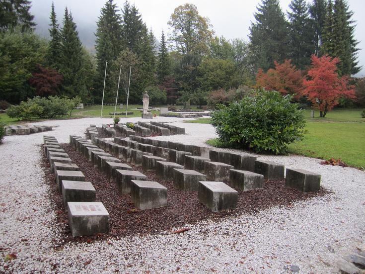 Avrättningsplats och massgravar