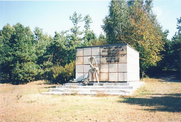 Det gamla monumentet (2000)