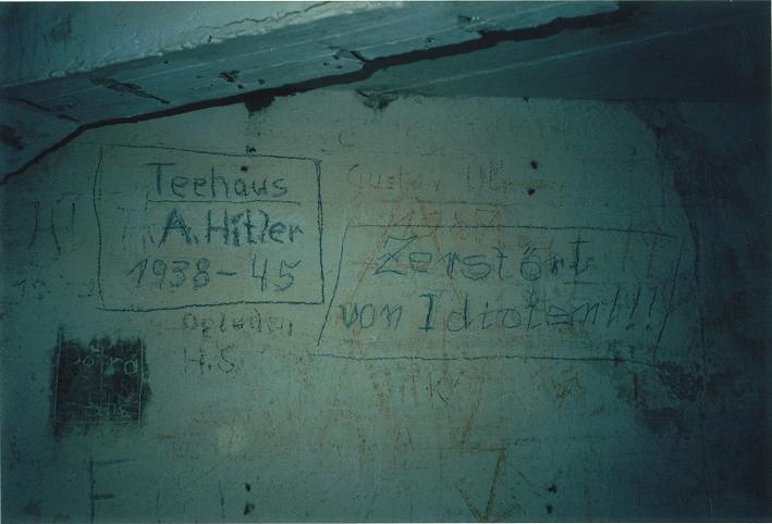 Nynazistiskt klotter vid Mooslahnerkopf (1997)