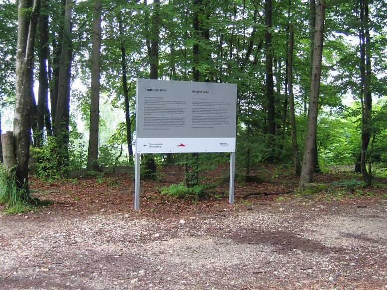 Informationstavla på Berghof (2008)