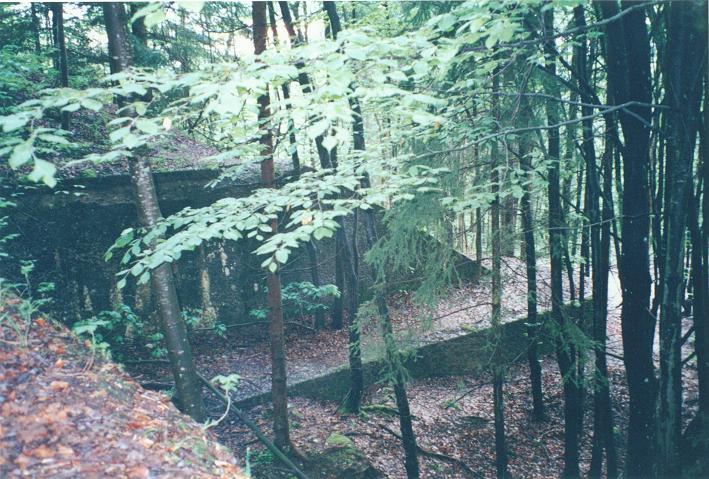 Skyddsmur bakom Berghof (1997)