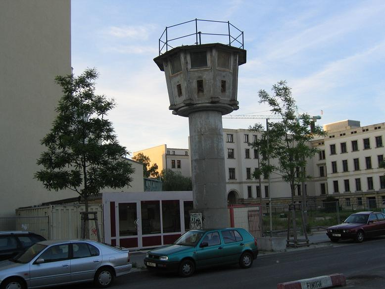 Vakttorn längs muren
