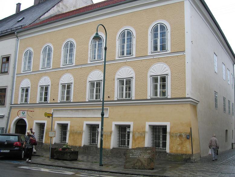 Hitlers födelsehus 2008