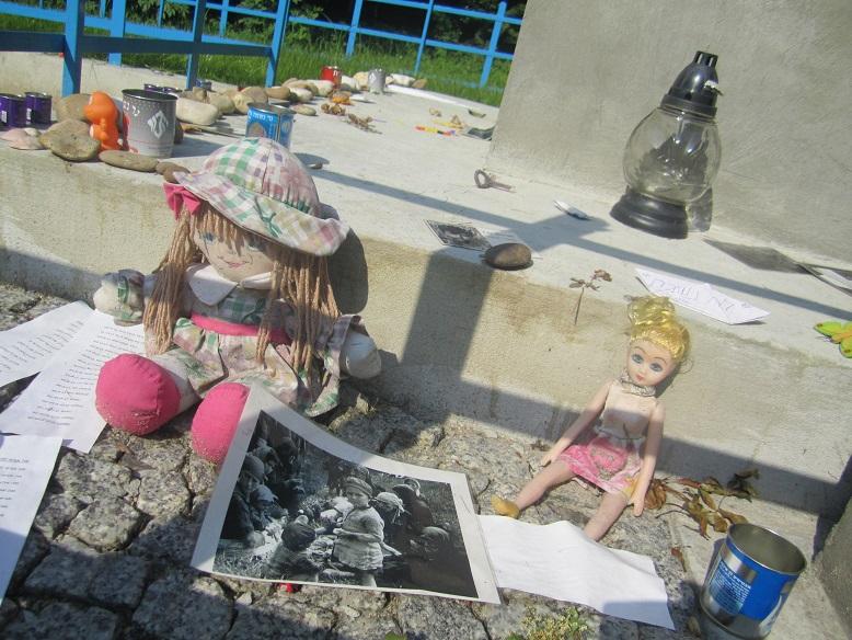 Barnens massgrav