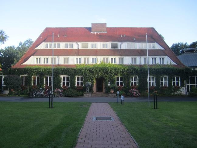 Carinhalls gästhotell på andra sidan Gross Döllnsee. Idag hotel Döllnsee - Schorfheide