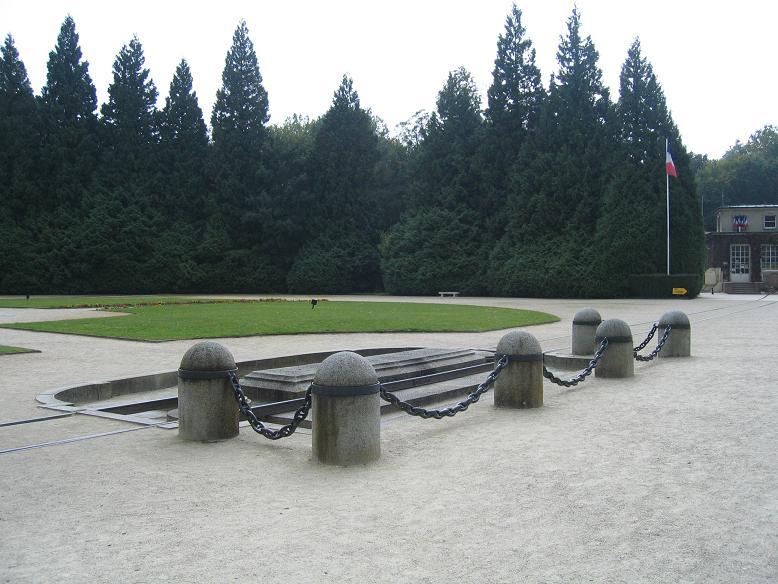 Platsen där marskalk Foch järnvägsvagn stod