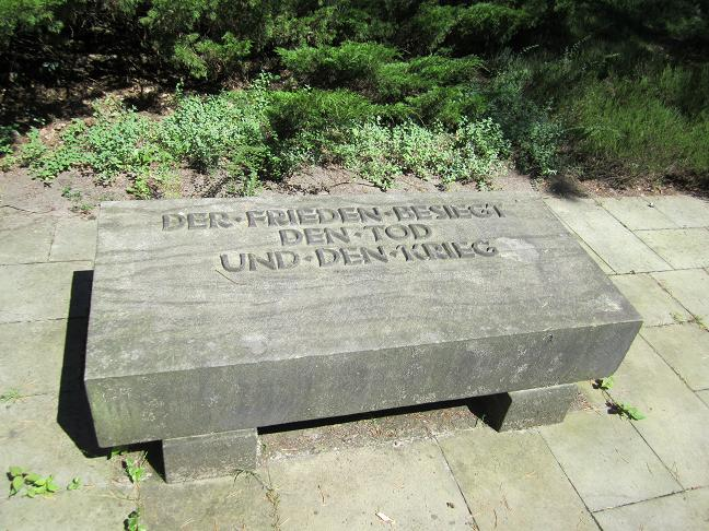 Heidekyrkogården - Massgravar