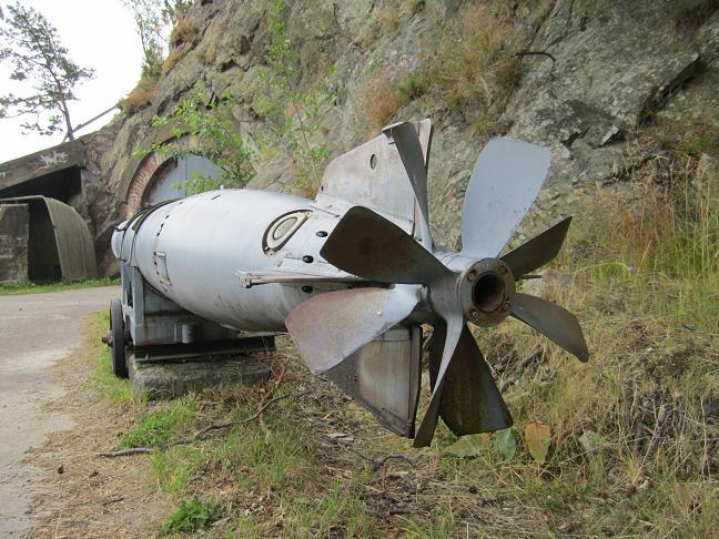 Utanför torpedbatteriet