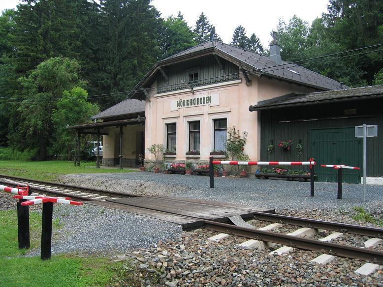 Stationen där Hitlers tåg stod uppställt