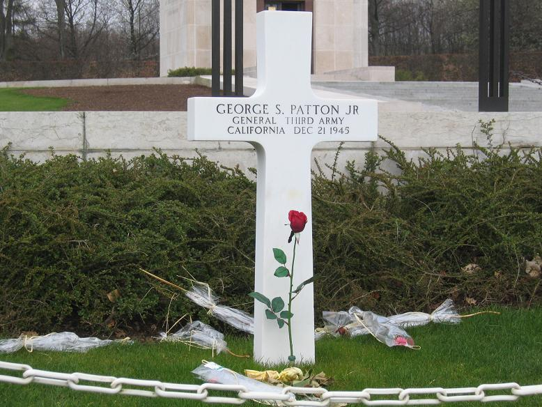 General George S. Pattons grav
