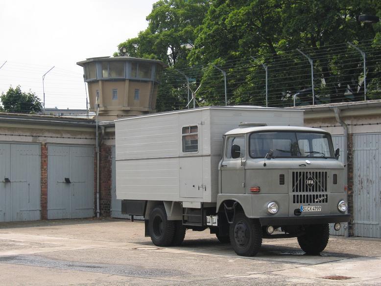 Bil för fångtransporter