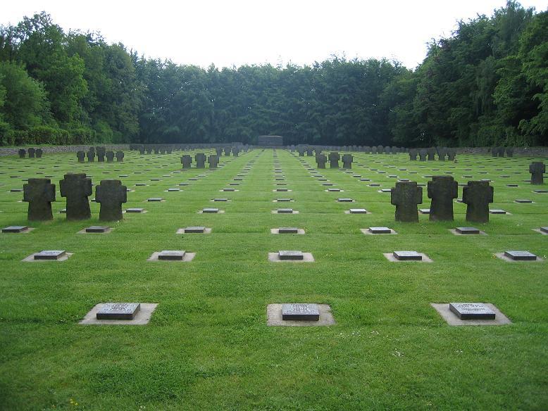 Vossenack - Tysk krigskyrkogård