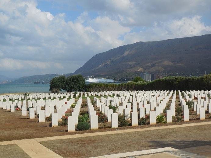 Brittiska samväldets krigskyrkogård vid Souda Bay öster om Chania