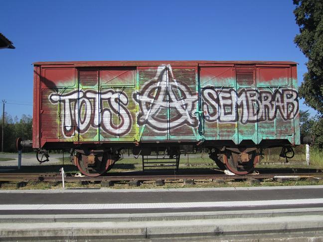 Klotter/vandalisering på godsvagnen (2011).