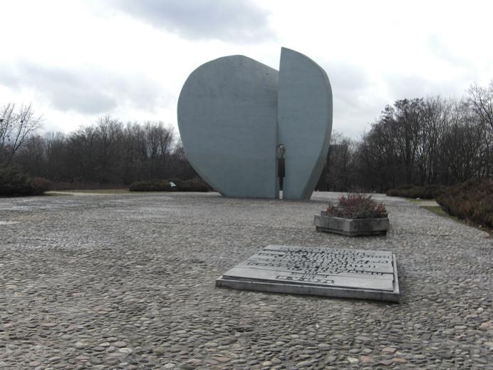 Monument för de barn som satt fängslade i gettot