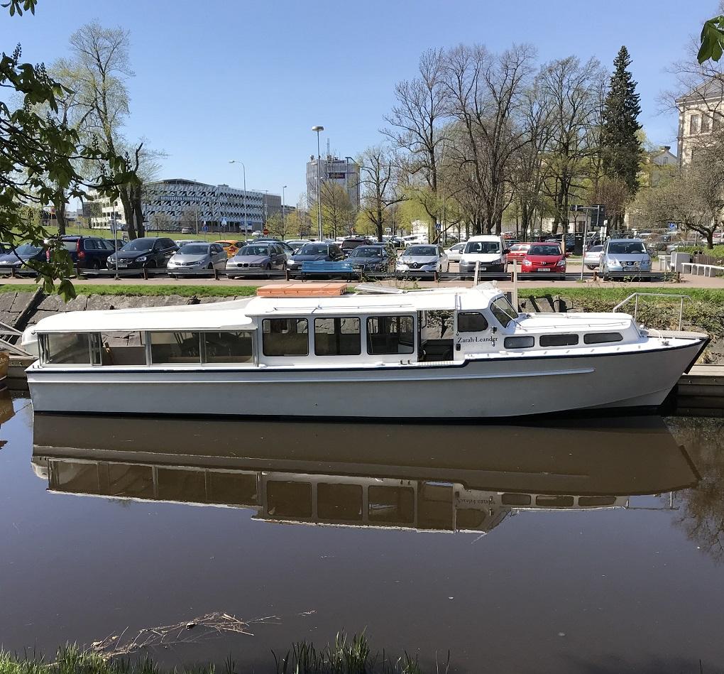 Båtbussen Zarah Leander