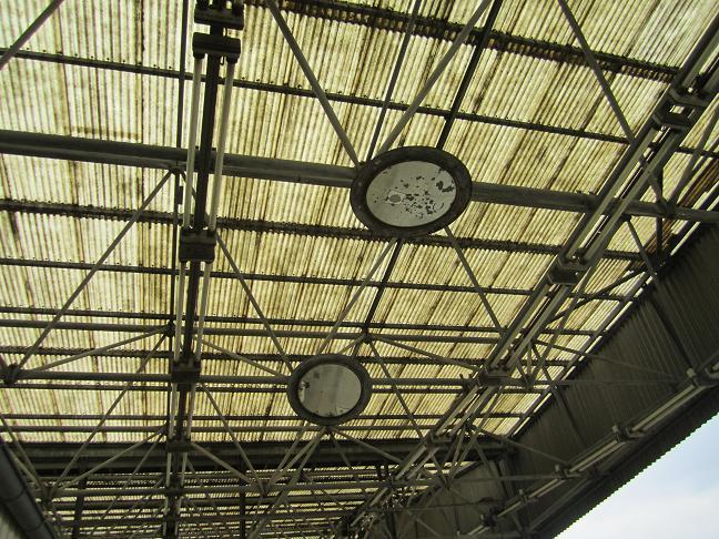 Speglar som avslöjade om lastbilarna smugglade något på taket