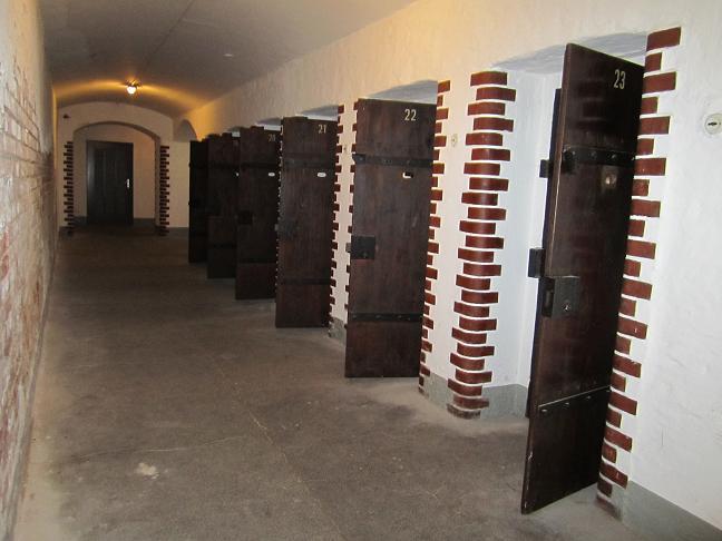 Celler där fångar satt i väntan på att avrättas