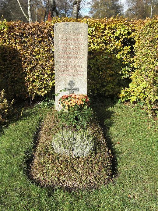 Alexander Schmorells grav på kyrkogården Perlacher