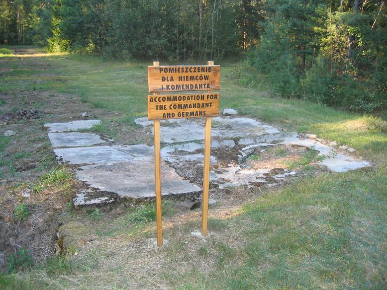 Fundament efter kommendantens bostad