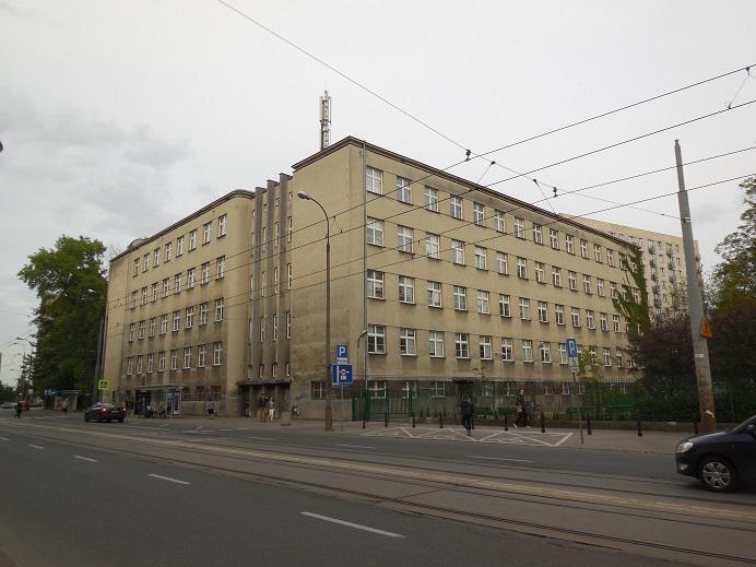 SS högkvarter och Trawniki baracker mitt emot umschlagplatz