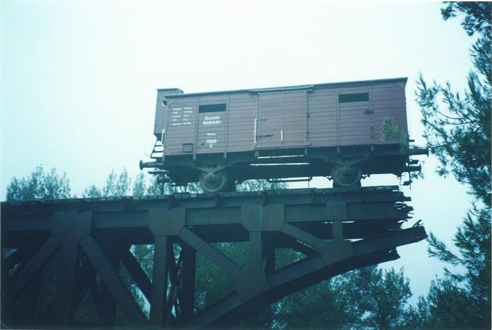 Godsvagn som transporterade judar